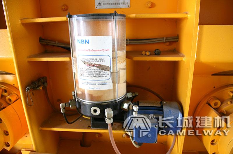 搅拌机油泵